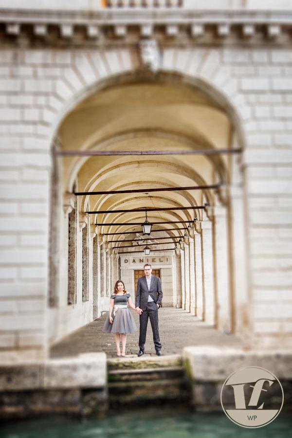 Venice engagement photographer