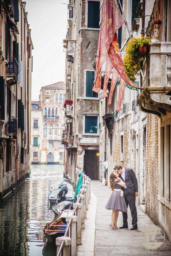Venice proposal engagement photographer