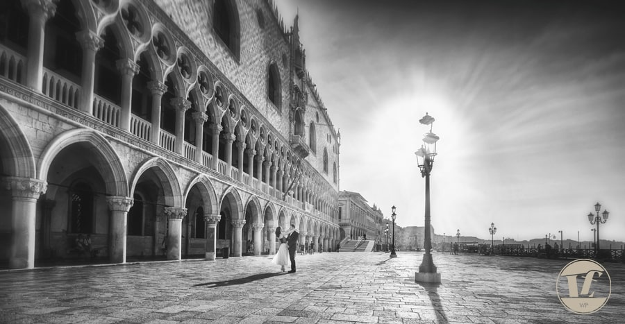 Sunrise in Venice - couple photo shoot