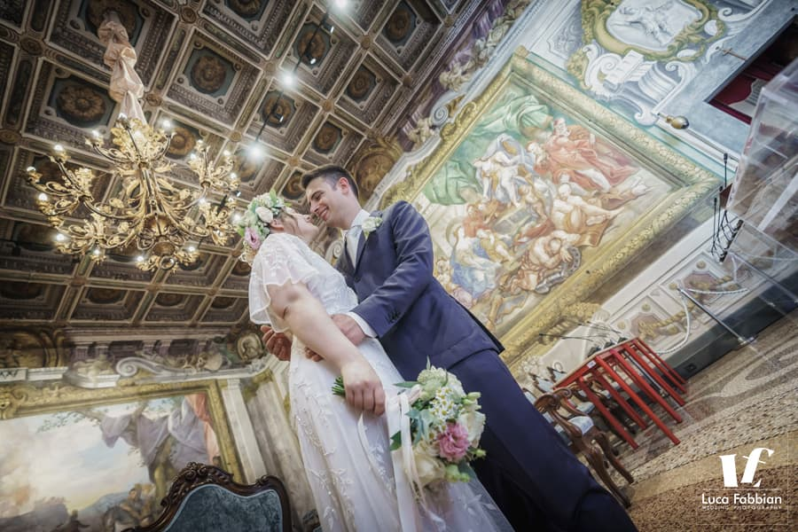 wedding ceremony in Pisa Town Hall Palazzo Gambacorti